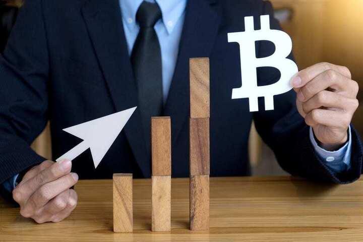 bitcoin 11300 usd